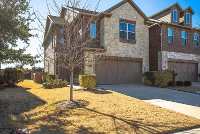 Lewisville Townhouse For Sale: 452 Hunt Drive