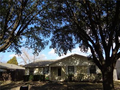 Garland Single Family Home For Sale: 4402 Mayflower Drive