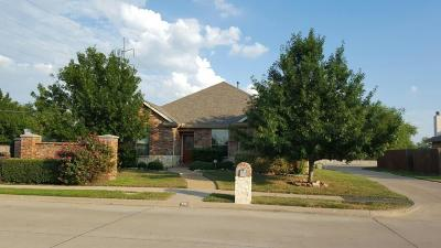 Garland Residential Lease For Lease: 922 Meadow Flower Lane