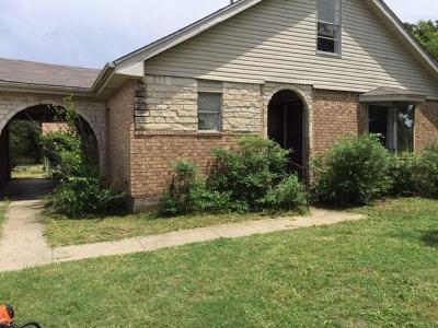 Arlington Single Family Home For Sale: 2701 W Green Oaks Boulevard