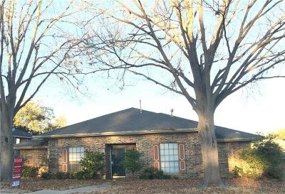 Garland Single Family Home Active Option Contract: 3002 Apple Valley Drive
