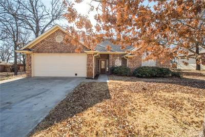 Weatherford Single Family Home For Sale: 116 Deep Wood Lane
