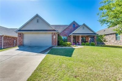 Burleson Single Family Home For Sale: 1049 Saint Andrews Drive