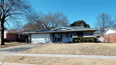 Richardson Single Family Home For Sale: 818 Wisteria Way