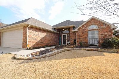 Fort Worth Single Family Home For Sale: 7333 Chambers Lane