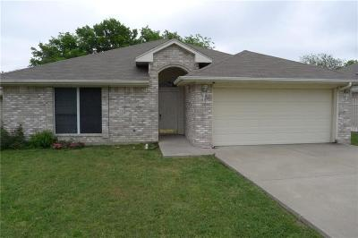 Saginaw Single Family Home For Sale: 137 Roberts Drive
