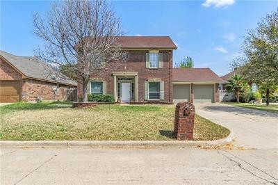 Grand Prairie Single Family Home Active Option Contract: 4120 Norway Lane