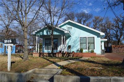 Fort Worth Single Family Home For Sale: 3205 Grayson Street
