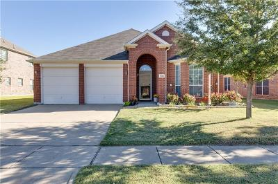Grand Prairie Single Family Home For Sale: 7016 Alcala