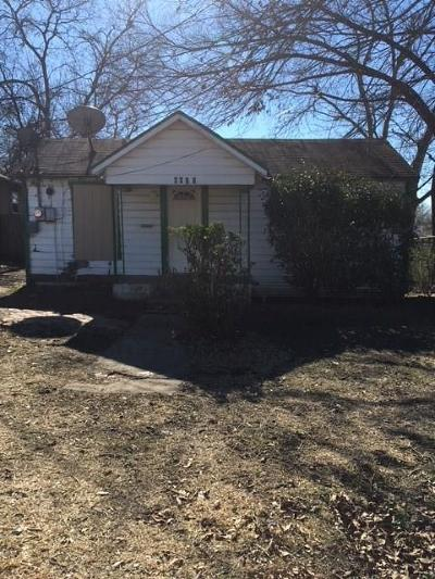 Fort Worth Single Family Home For Sale: 4612 Avenue J