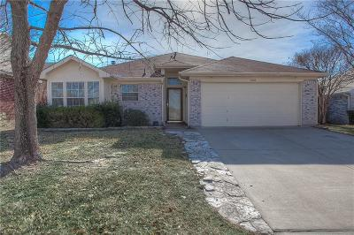 Fort Worth Single Family Home For Sale: 10505 Maria Drive
