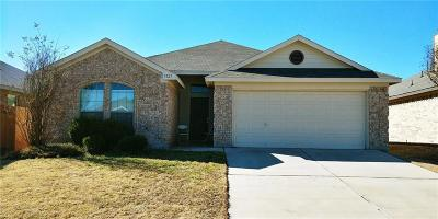 Fort Worth Single Family Home For Sale: 9121 Gristmill Court