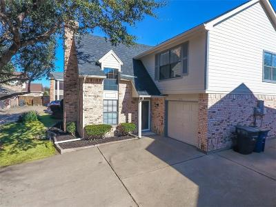 Dallas Single Family Home For Sale: 3058 Harbinger Lane