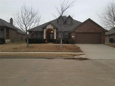 Fort Worth Single Family Home For Sale: 14025 Saddlesoap Court