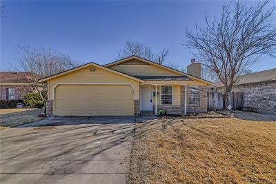 Arlington Single Family Home For Sale: 5209 Carpenter Drive