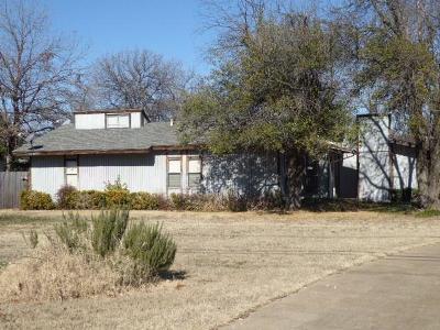 River Oaks Single Family Home For Sale: 5008 Blackstone Drive