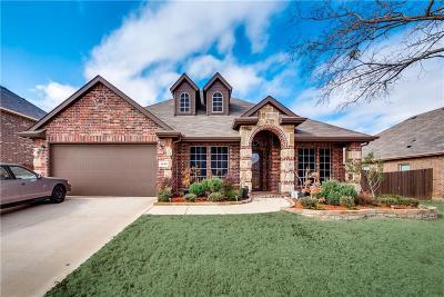 Tarrant County Single Family Home For Sale: 1040 Cydnie Street