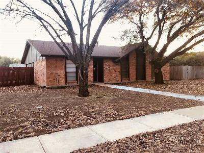 Plano Single Family Home For Sale: 924 Middle Cove Drive