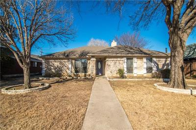 Lewisville Single Family Home Active Option Contract: 1565 Winter Park Lane