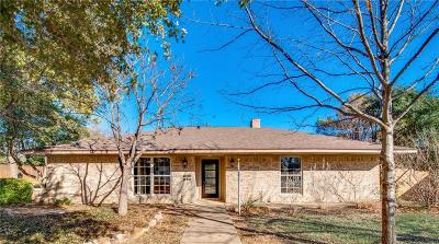 Highland Village Single Family Home For Sale: 221 Ferndale Drive