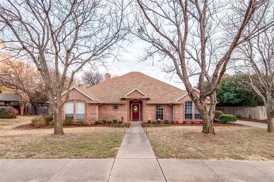 Keller Single Family Home For Sale: 1215 Trail Ridge Drive