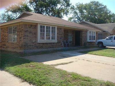 Arlington Multi Family Home Active Option Contract: 433 Matt Lane