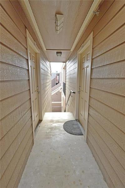 Dallas Condo For Sale: 9829 Walnut Street #307