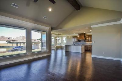 Granbury Single Family Home For Sale: 1617 Malibu Bay Court