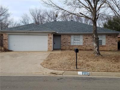 Arlington Single Family Home For Sale: 4117 Cypress Springs Drive