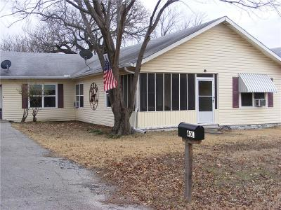 Hubbard Single Family Home For Sale: 401 NW 6th Street