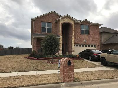 Arlington Single Family Home For Sale: 1726 Wild Deer Way