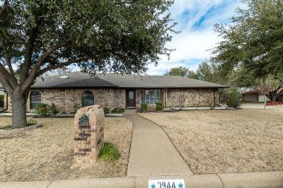 Fort Worth Single Family Home For Sale: 3944 Misty Meadow Drive