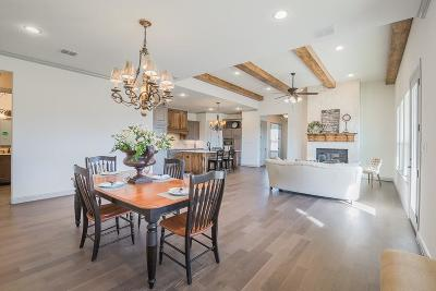 Granbury Single Family Home For Sale: 3518 Fountain Way