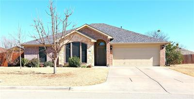 Stephenville Single Family Home For Sale: 841 Sun Down Drive