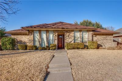 Carrollton Single Family Home For Sale: 1009 Rosewood Place