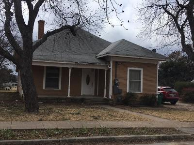 Comanche County Single Family Home For Sale: 304 W Neely Avenue