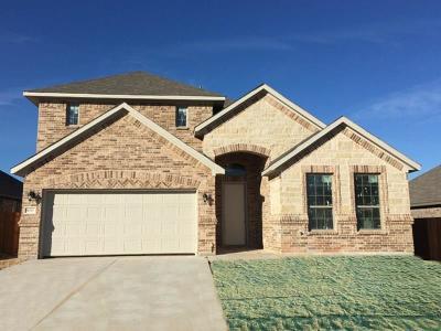 Saginaw Single Family Home For Sale: 630 Ravenwood Drive