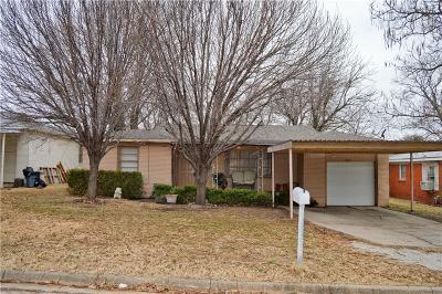 White Settlement Single Family Home For Sale: 860 Ala Drive