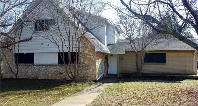 Bedford, Euless, Hurst Single Family Home For Sale: 1509 Toplea Drive