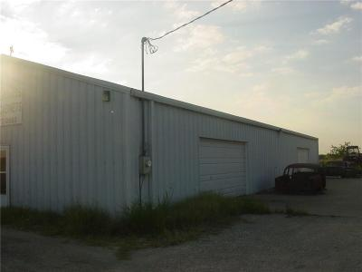 Angus, Barry, Blooming Grove, Chatfield, Corsicana, Dawson, Emhouse, Eureka, Frost, Hubbard, Kerens, Mildred, Navarro, No City, Powell, Purdon, Rice, Richland, Streetman, Wortham Commercial For Sale: 6385 W State Highway 31 Highway W