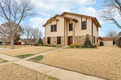 Lewisville Single Family Home For Sale: 702 Red Wing Drive
