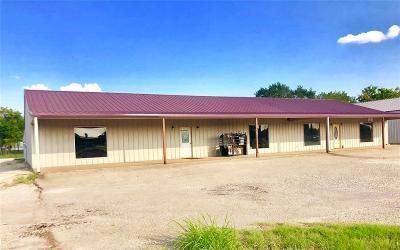 Coolidge, Mexia, Mount Calm Commercial For Sale: 606 N Martin Luther King Jr Highway #1