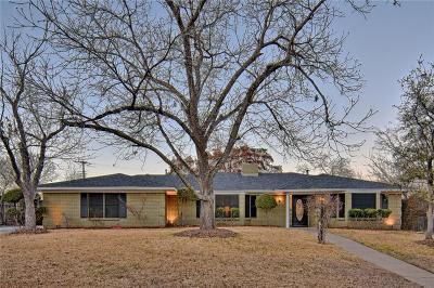 Benbrook Single Family Home For Sale: 8020 Bangor Drive