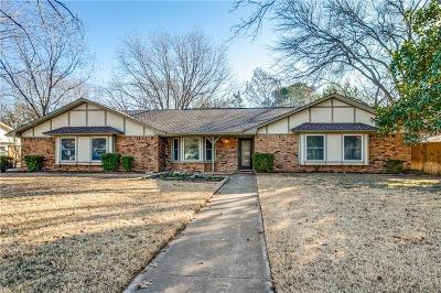 Southlake Single Family Home For Sale: 704 Cimarron Trail