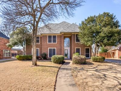Highland Village Single Family Home For Sale: 2235 Strathmore Drive