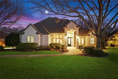 Southlake, Westlake, Trophy Club Single Family Home For Sale: 811 Parkdale Drive