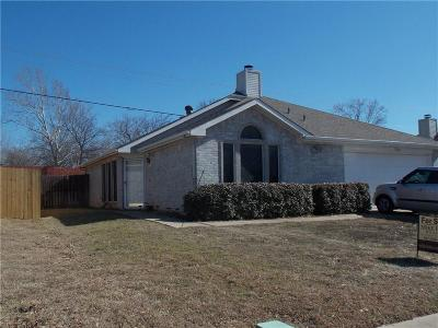 Midlothian Single Family Home For Sale: 1318 Misty Meadow Drive