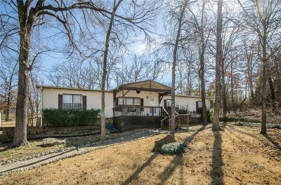 Streetman Single Family Home For Sale: 210 Castlewood Drive
