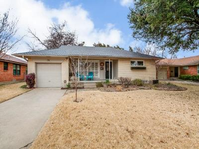 Single Family Home Active Option Contract: 712 Nottingham Drive