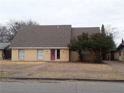 Single Family Home Active Option Contract: 13859 Rolling Hills Lane